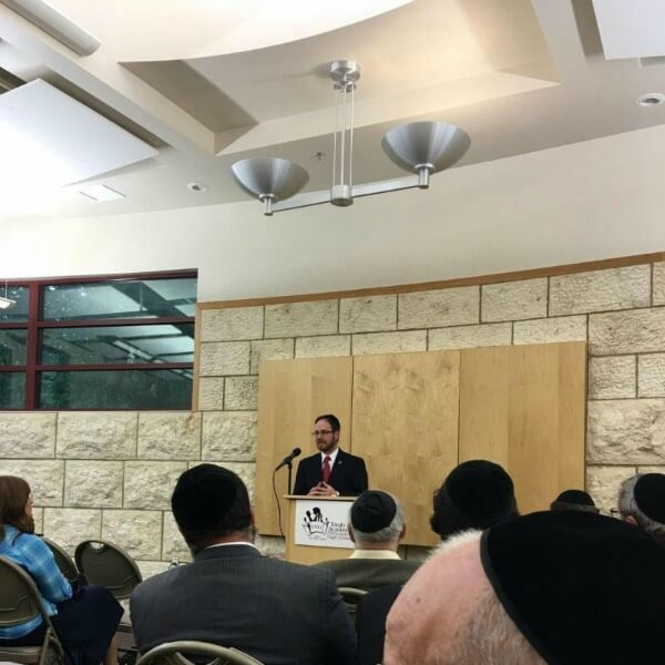 """Agudath Israel's national director of state relations Rabbi A. D. Motzen speaking at the Torah Academy of Milwaukee on the topic of """"The Jewish Vote: Does My Vote Count?"""