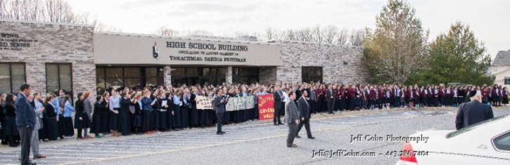 maryland-governor-hogan-visits-jewish-school-to-announce-boost-in-scholarship-program-1