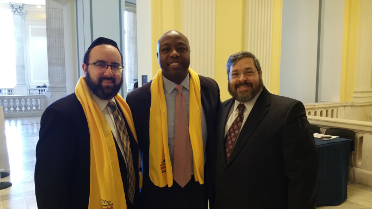 L to R: Rabbi Ariel Sadwin, Senator Tim Scott and Rabbi Abba Cohen